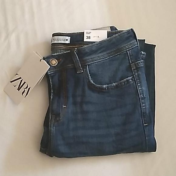 ZARA Mid Rise Skinny Jeans Dark Wash👖💫